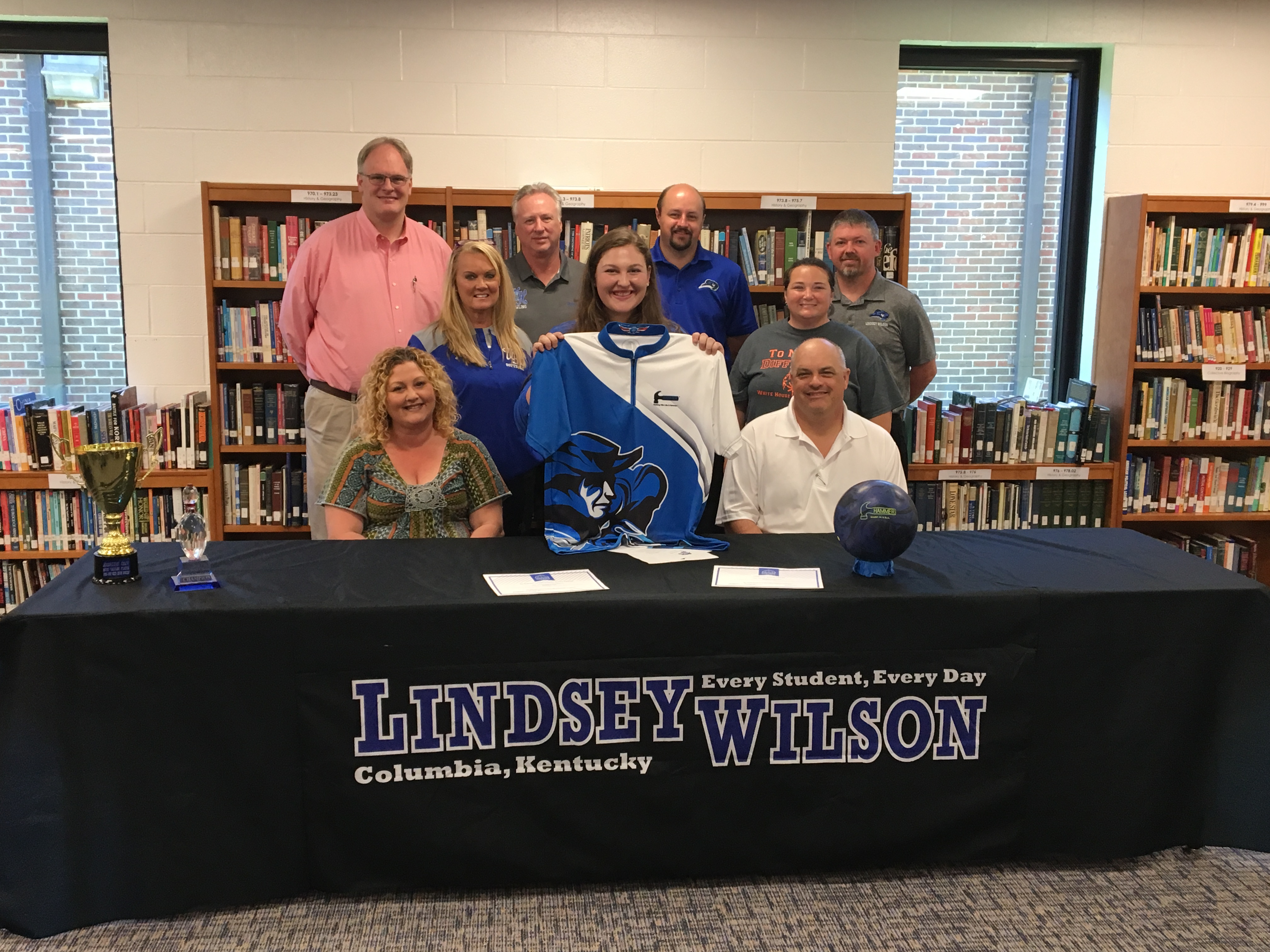 Madeline Cain Signs with Lindsey Wilson College